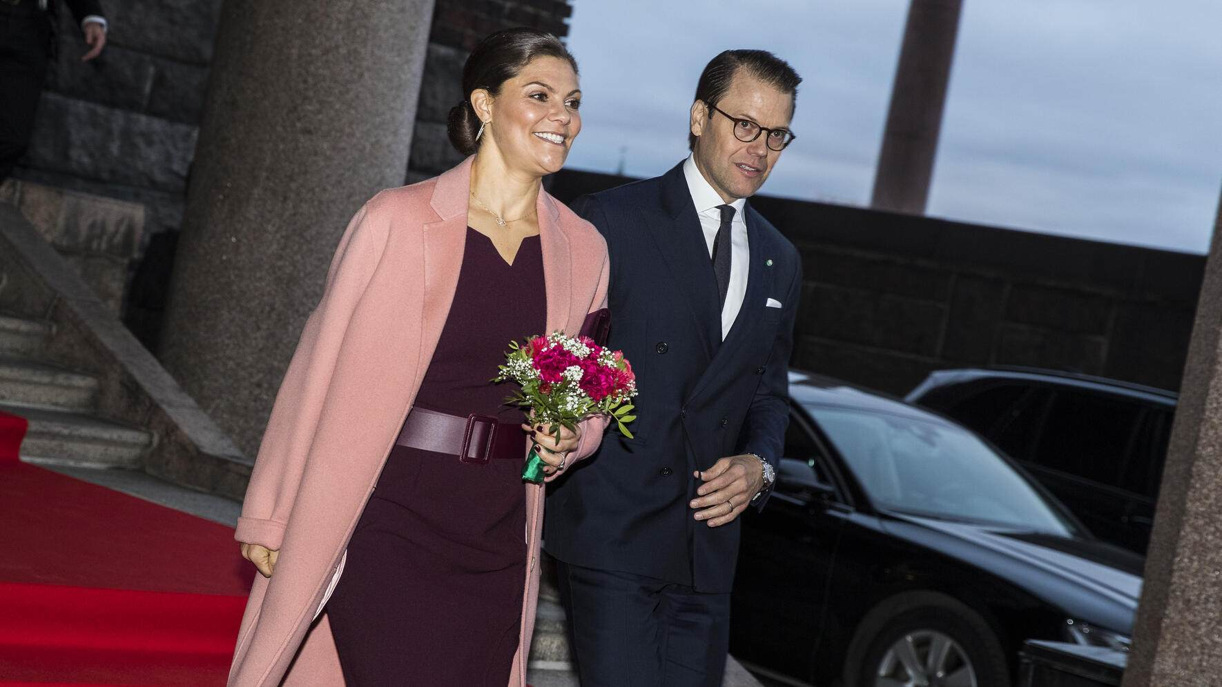 STOCKHOLM, SWEDEN - NOVEMBER 14: Princess Victoria of Sweden and Prince Daniel of Sweden leave Stockholm City Hall after an official lunch in connection with the Italian state visit on November 14, 2018 in Stockholm, Sweden. The Italian president is on a 3 day visit to Sweden where they will focus on digitization and sustainability, European cooperation and research, and culture. (Photo by MICHAEL CAMPANELLA/Getty Images)