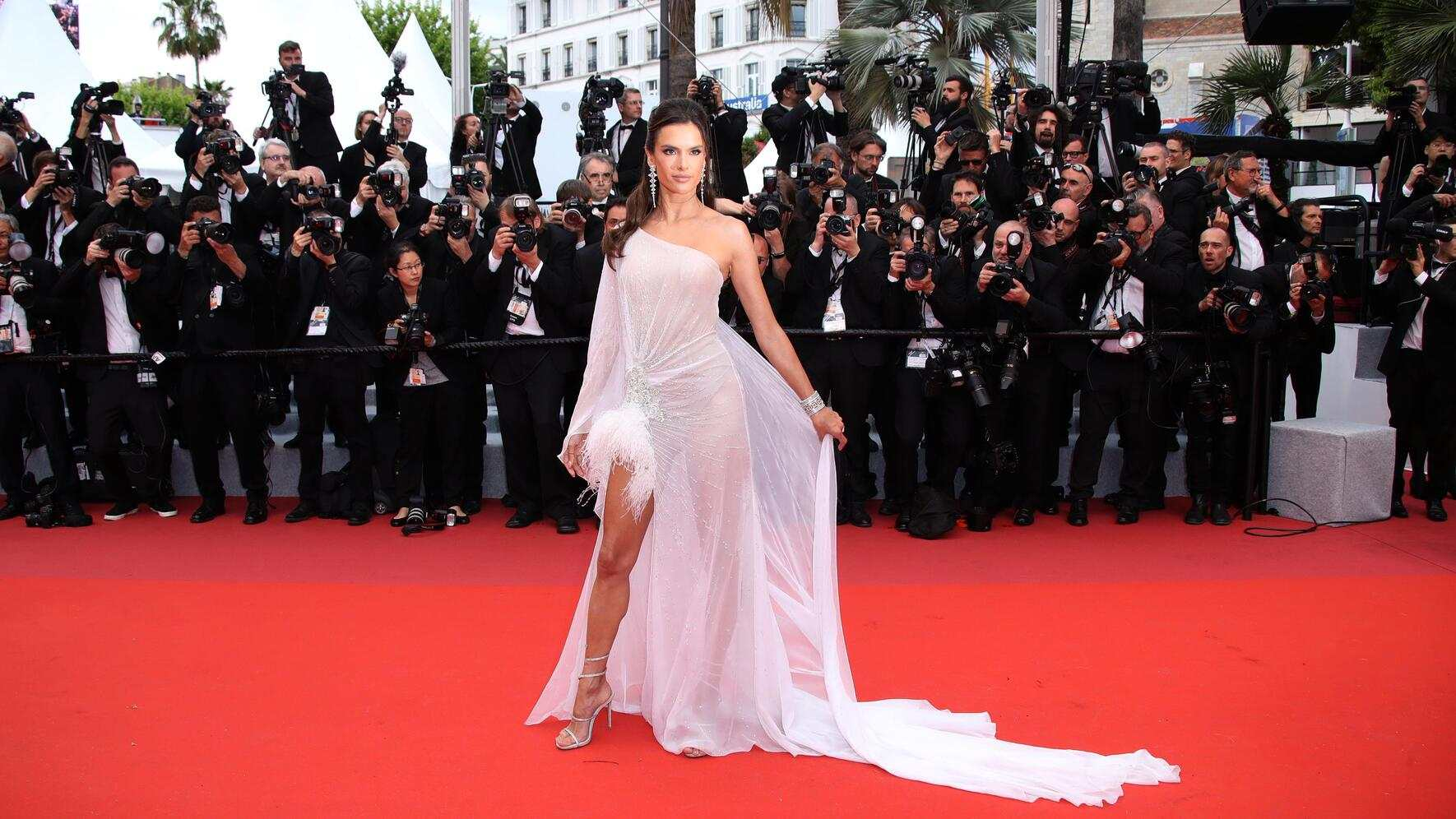 """CANNES, FRANCE - MAY 14: Alessandra Ambrosio attends the opening ceremony and screening of """"The Dead Don't Die"""" during the 72nd annual Cannes Film Festival on May 14, 2019 in Cannes, France. (Photo by Mike Marsland/WireImage)"""