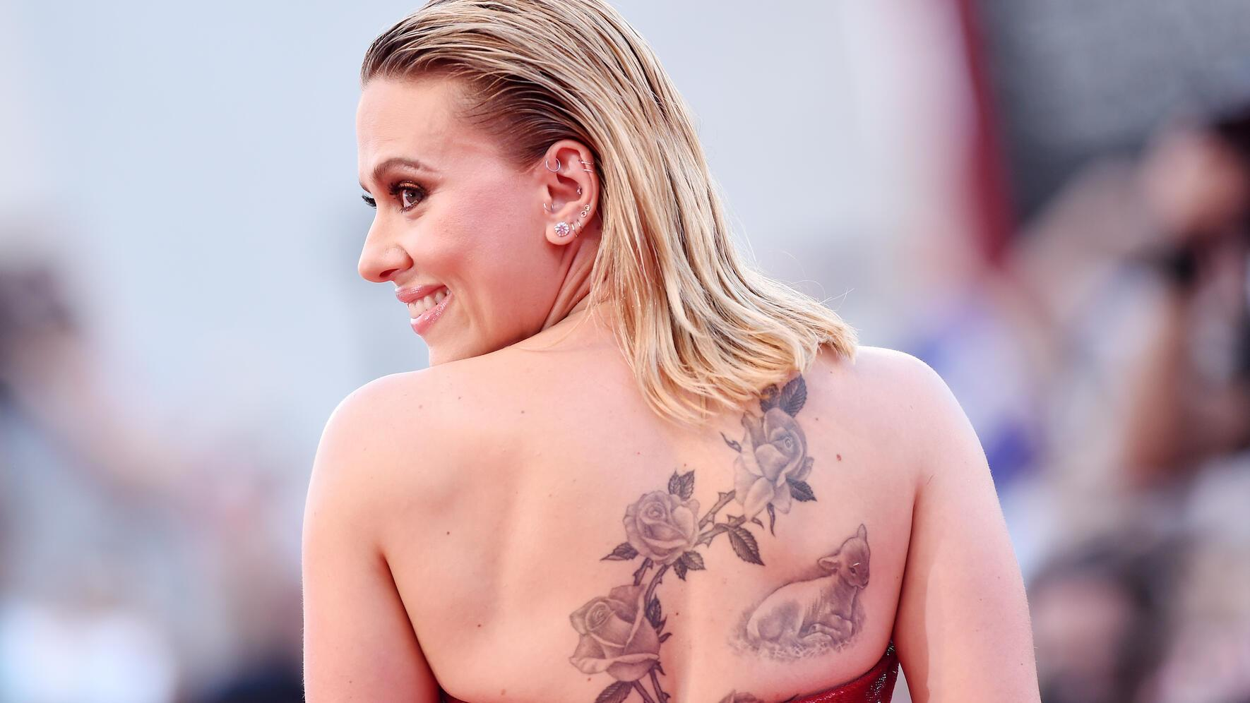 """VENICE, ITALY - AUGUST 29:  Actress Scarlett Johansson walks the red carpet ahead of the """"Marriage Story"""" screening during during the 76th Venice Film Festival at Sala Grande on August 29, 2019 in Venice, Italy. (Photo by Stefania D'Alessandro/WireImage,)"""