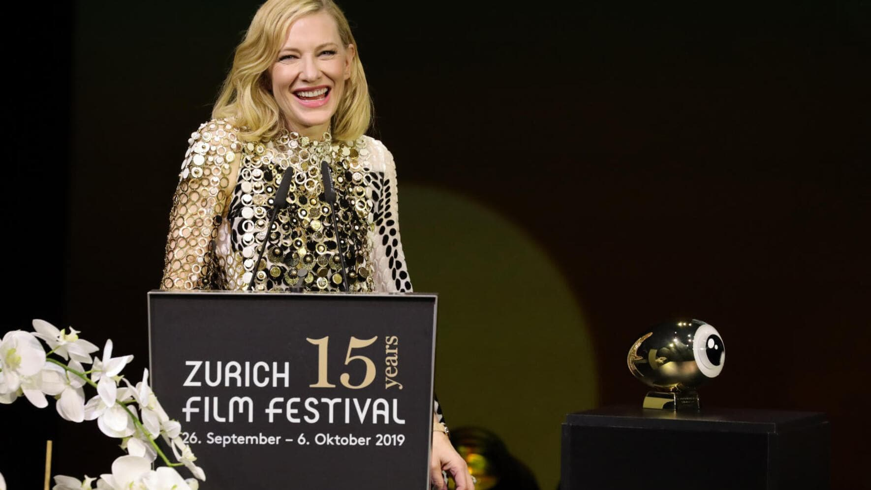 ZURICH, SWITZERLAND - OCTOBER 05: Cate Blanchett speaks on stage after receiving the ZFF Golden Icon Award at the Award Night Ceremony of the 15th Zurich Film Festival at Opera House on October 05, 2019 in Zurich, Switzerland. (Photo by Andreas Rentz/Getty Images for ZFF)