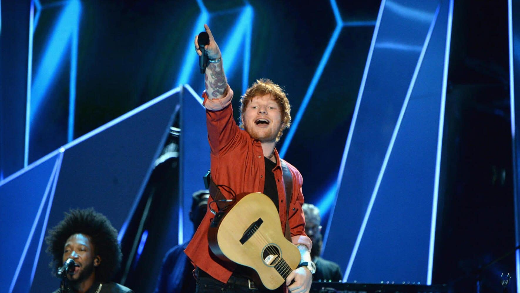 INGLEWOOD, CA - AUGUST 27: Ed Sheeran performs onstage during the 2017 MTV Video Music Awards at The Forum on August 27, 2017 in Inglewood, California. (Photo by Kevin Mazur/WireImage)