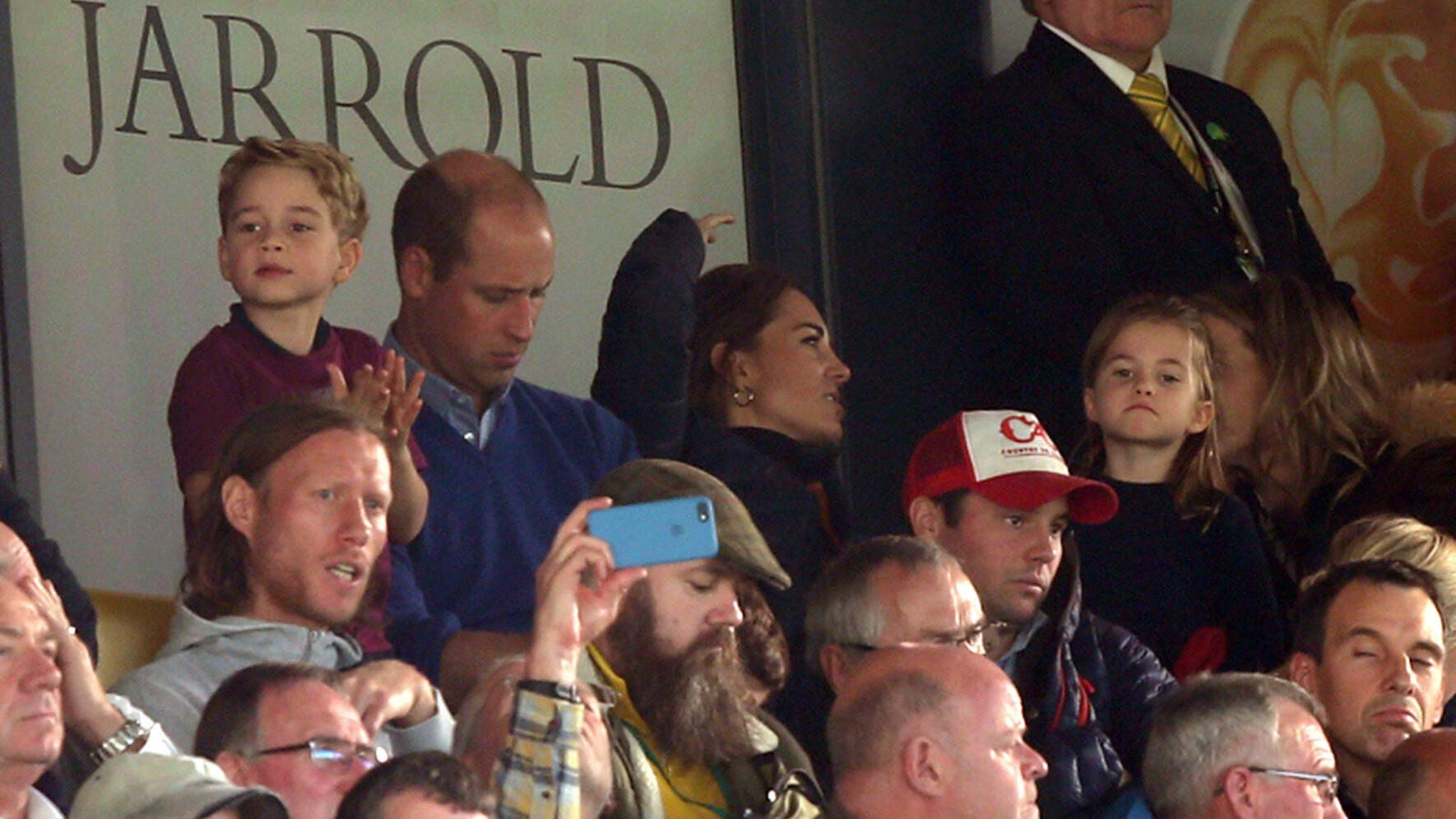 Norwich City v Aston Villa Premier League The Duke and Duchess of Cambridge along with Prince George and Princess Charlotte spotted during the Premier League match at Carrow Road, Norwich PUBLICATIONxNOTxINxUKxCHN Copyright: xPaulxChestertonx FIL-13713-0018