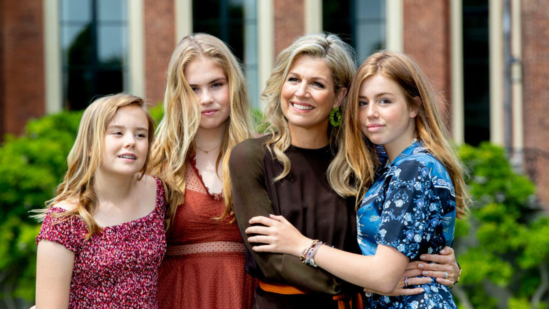 THE HAGUE, NETHERLANDS - JULY 19: Queen Maxima of The Netherlands, Princess Amalia of The Netherlands, Princess Alexia of The Netherlands and Princess Ariane of The Netherlands during their annual summer photo session at Huis ten Bosch Palace on July 19, 2019 in The Hague, Netherlands. (Photo by Patrick van Katwijk/WireImage)