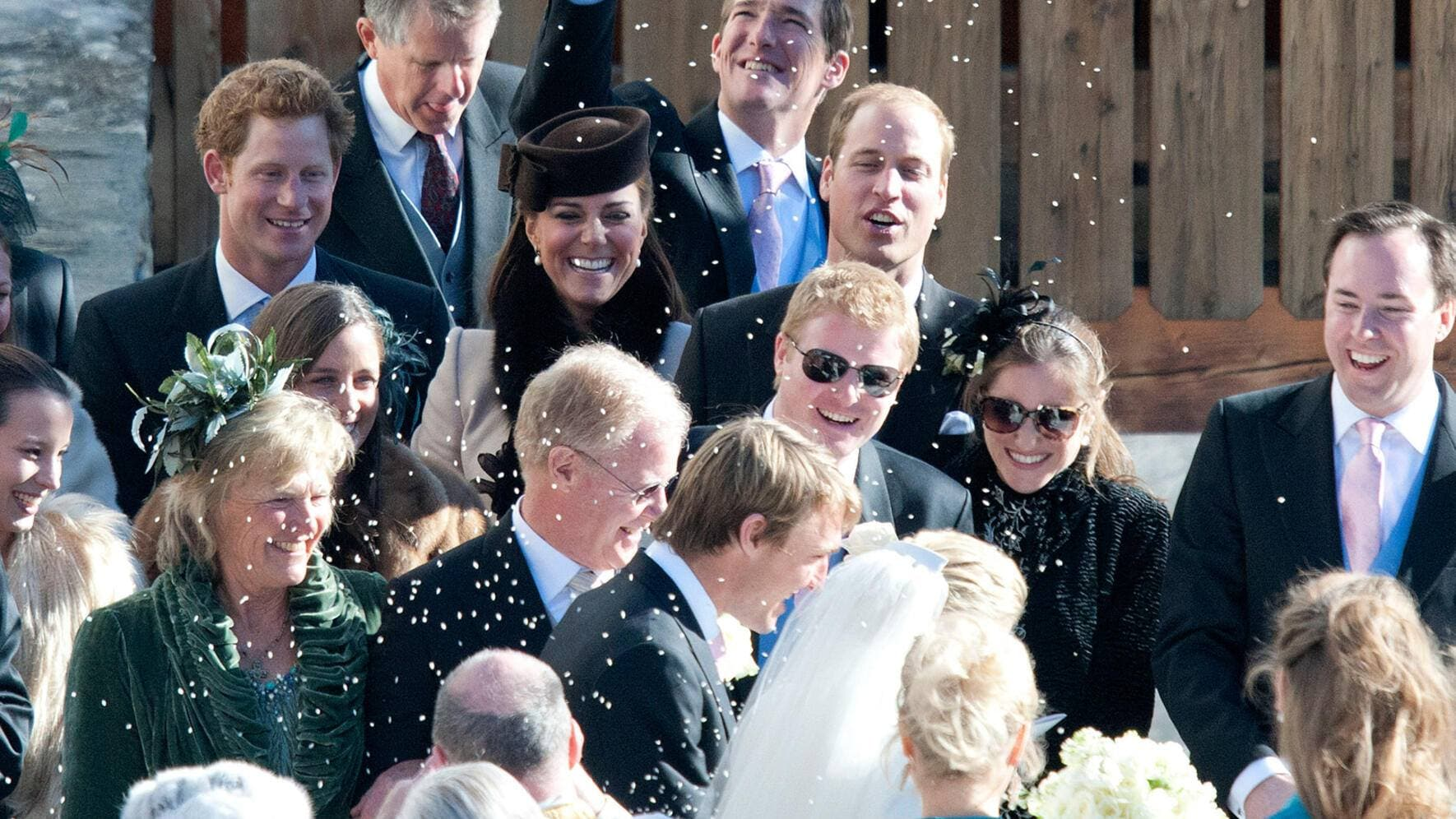 Prinz William Herzogin Kate Middleton Catherine Prinz Harry in Arosa an Hochzeit neue Bilder