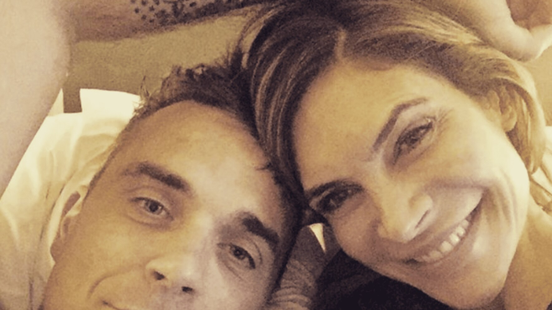 Robbie Williams Angel Frau Kind Instagram Fotos