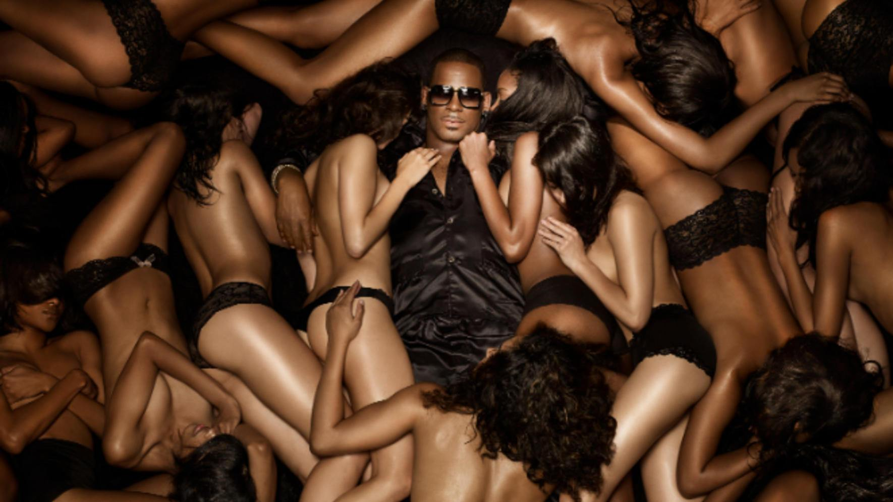 "R. Kelly Albumcover ""Black Panties"""