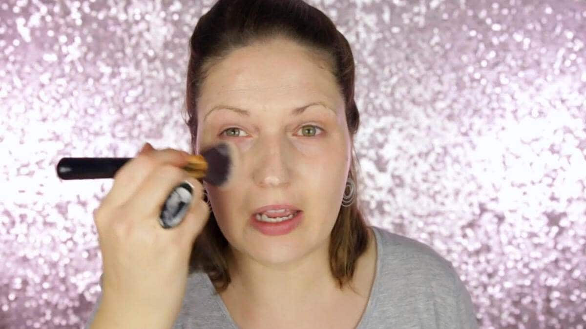 Julia Graf Youtube Facebook Make-up