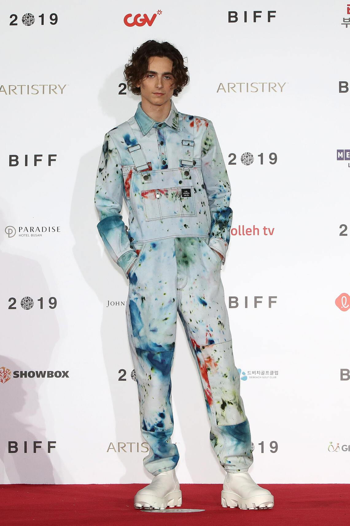 BUSAN, SOUTH KOREA - OCTOBER 08: Actor Timothee Chalamet attends the photo call at the red carpet for the 'The King' at the Busan Cinema Center during the day six of the 24th Busan International Film Festival on October 08, 2019 in Busan, South Korea. (Photo by Chung Sung-Jun/Getty Images)
