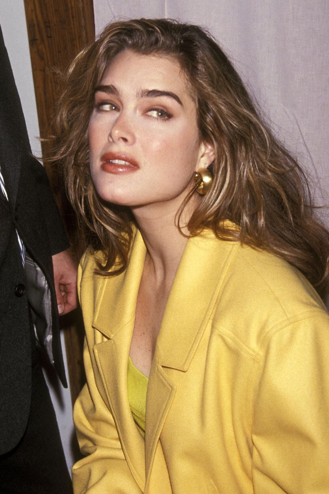 NEW YORK CITY - MARCH 20:   Actress Brooke Shields attends a press conference to announce her multi-year contract with Durasoft's Colored Contact Lenses on March 20, 1992 at the Tavern on the Green in New York City. (Photo by Ron Galella, Ltd./Ron Galella Collection via Getty Images)