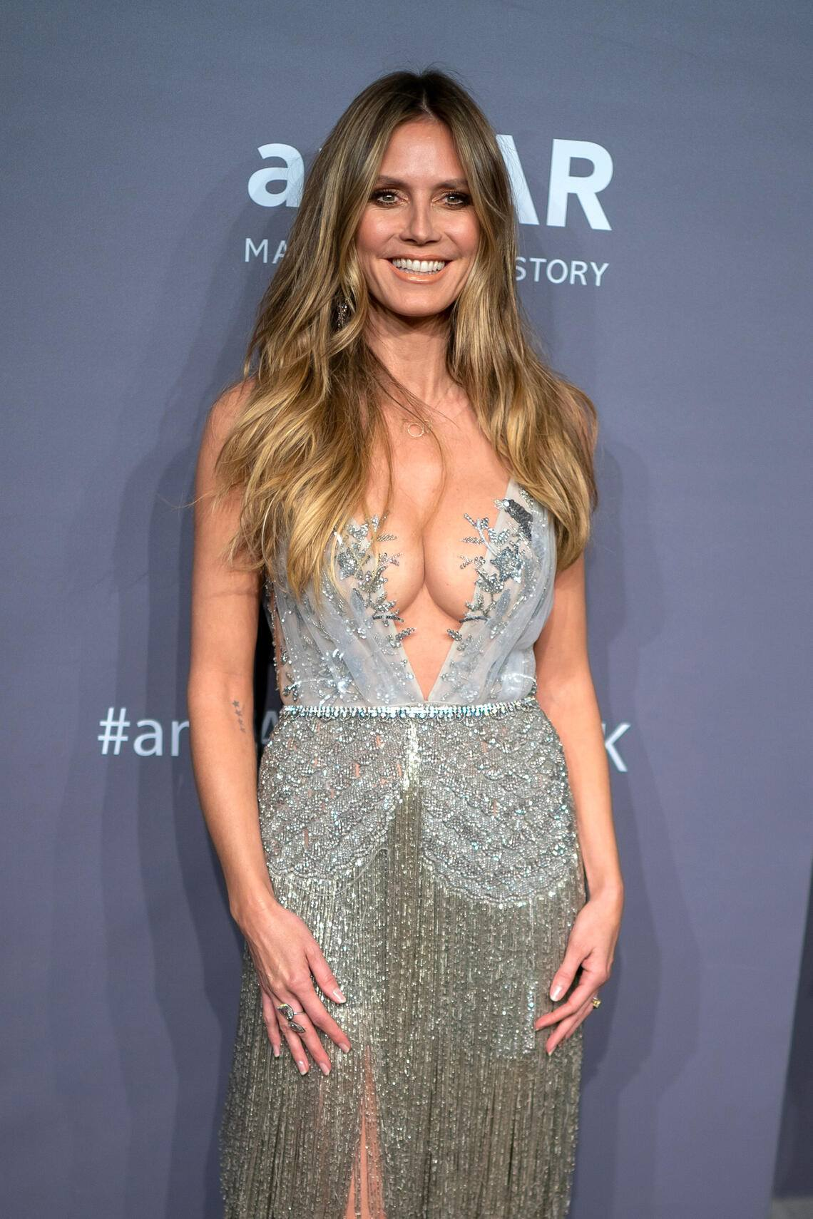 NEW YORK, NEW YORK - FEBRUARY 06: Heidi Klum attends the 2019 amfAR New York Gala at Cipriani Wall Street on February 06, 2019 in New York City.