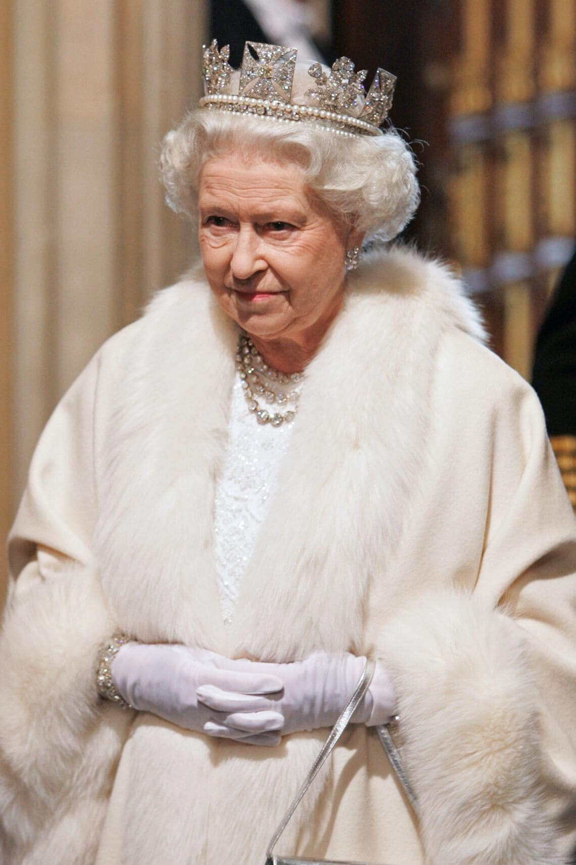 LONDON, ENGLAND - NOVEMBER 6: Queen Elizabeth II wears the Diamond Diadem made by Rundell, Bridge & Rundell (Rundells) as she arrives at the House of Lords for the State Opening of Parliament on November 6, 2007 in London, England. (Photo by Tim Graham Photo Library via Getty Images)