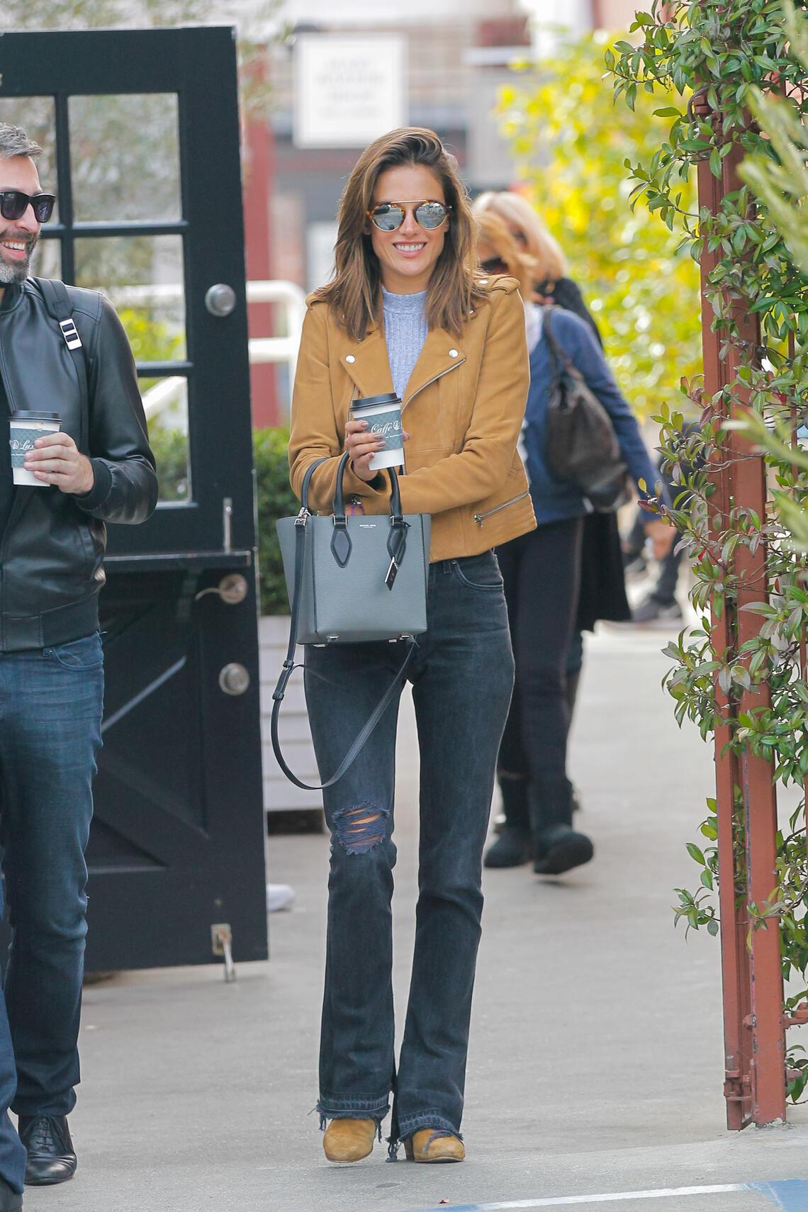 Look of the Day Alessandra Ambrosio